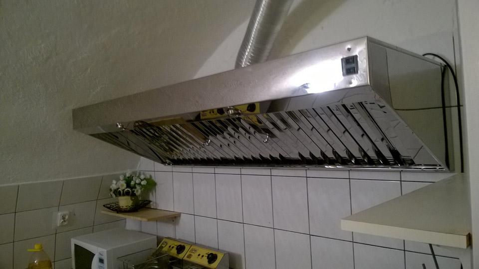 Bardzo dobry okap z wentylatorem gastronomiczny przemysłowy | Producent okapów DJ39